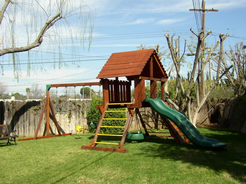 Refurbished Redwood Play Sets Swingsetsolutions Com