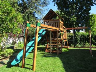 <b>R-42</b>: Redwood Play Set L