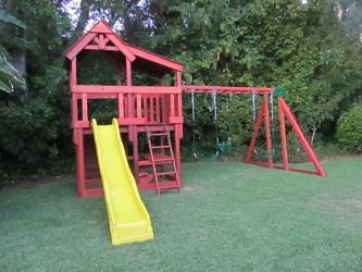 <b>R-28</b>: Redwood Play Set BH