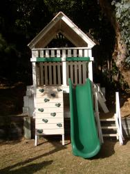 <b>P-109</b>: Polyvinyl Play Set BM
