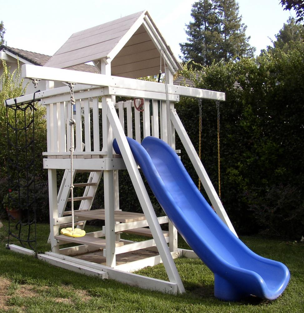 P 12 Fort With Space Saver Swing System Swingsetsolutions Com