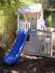 <b>P-32:</b> Fort Full Bottom Enclosure Porch Super Slide Fireman Pole