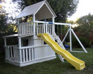 <b>P-39:</b> Fort Full Bottom Enclosure Porch Wave Slide 3 Position Swing System