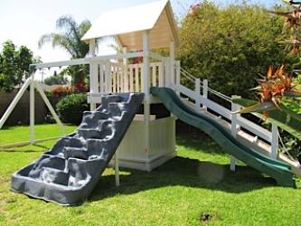 <b>P-100</b>: Polyvinyl Play Set L