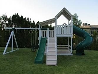 <b>P-70</b>: Polyvinyl Play Set O