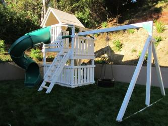<b>P-88</b>: Polyvinyl Play Set X