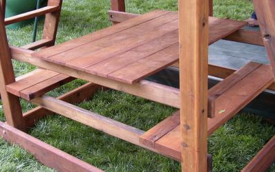 Redwood Picnic Table